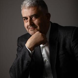 Саша Пилиповић
